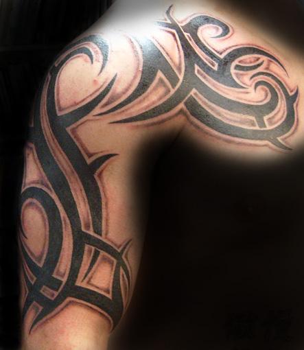 shoulder-tribal